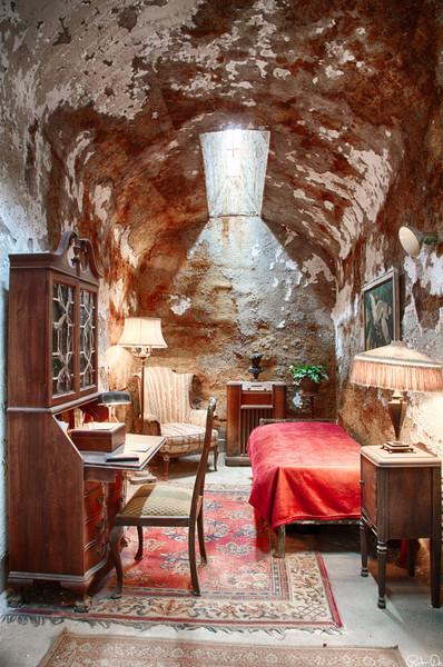 Al Capone's Room 2