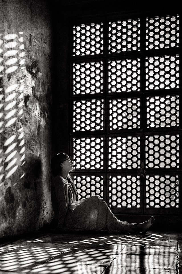 Woman from Shanghai in an alcove at the Taj Mahal