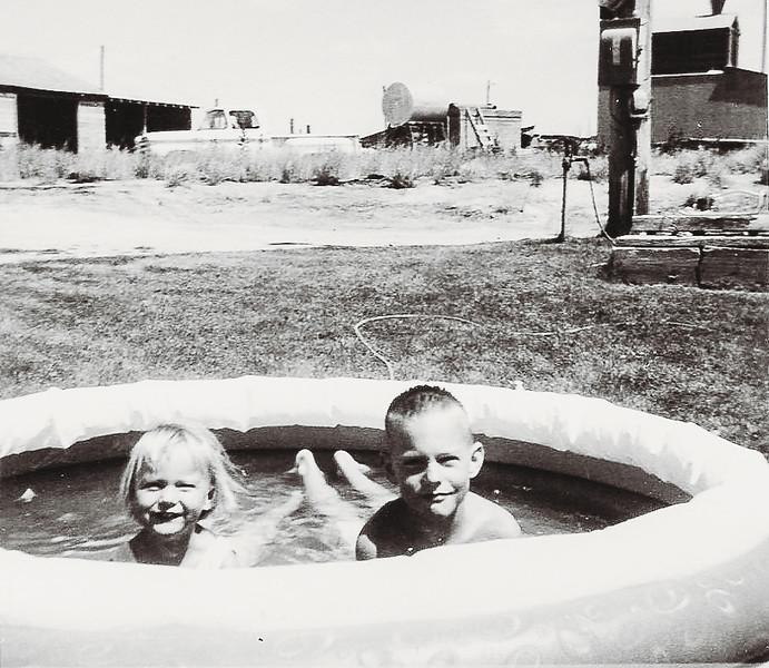 Kirk and Ellen in wading pool