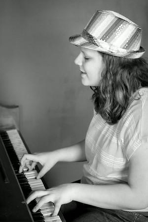 Rhiannon, Singer
