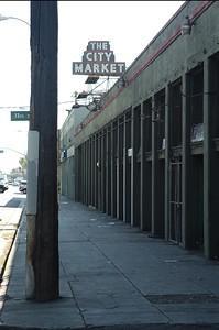 CityMarket009-EastSideAndSign-2006-10-02.jpg
