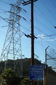 ConfluencePark012-SignAndWires-2006-10-04.jpg
