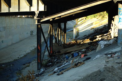 ConfluencePark017-Homelessness-2006-10-04.jpg