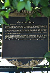 MachineShop001-PlaqueOnMainSt-2006-11-20.jpg