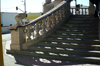 MariachiPlaza008-StairsUpToStage-06-10-18.jpg