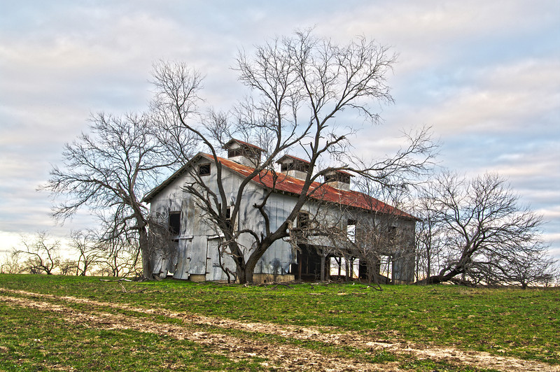 Old barn in Mesquite, TX (Jan 2012, HDR)