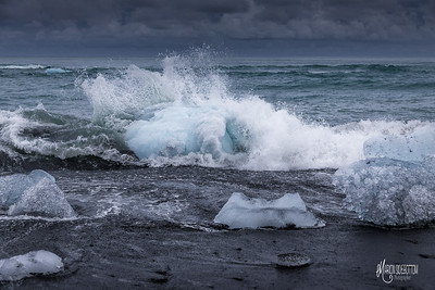 Wave Crashing into Ice, Jokusarlon, Iceland