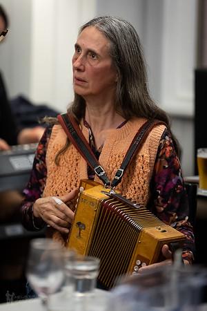 Instrument Face: Lyndal