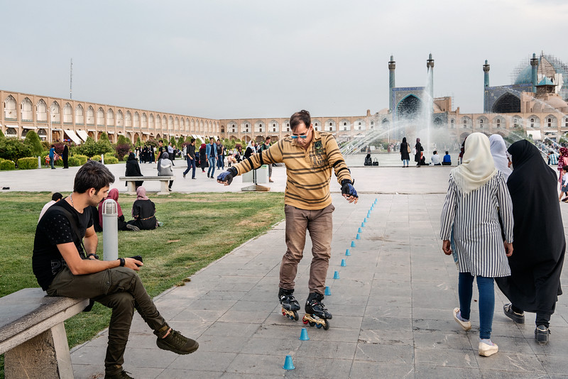 August 15, 2017 – Isfahan, Iran. In recent years, groups of skaters have appeared in all of Iran's major cities. Iranian cities, where modern and traditional architectures blend, are their playgrounds. Unlike Tehran, there is no skatepark in Isfahan. Skaters must settle for the street. © Simone Tramonte