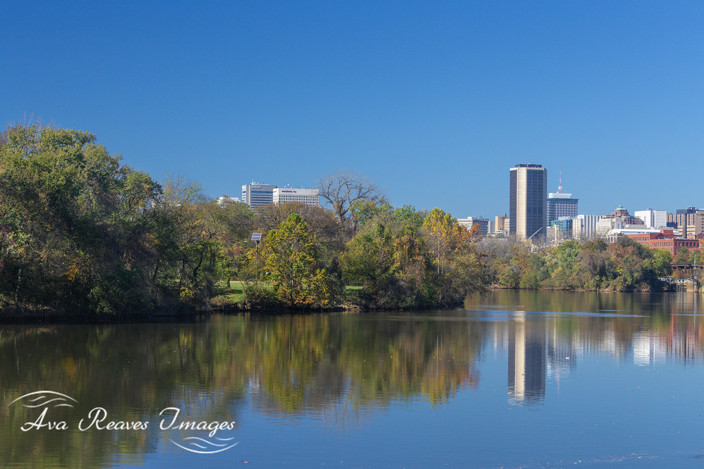 views of fall colors at Ancarrow's Landing and the City of Richmond from Rocketts Landing