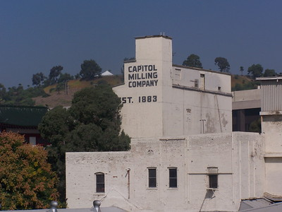 2005, Captiol Milling Company Sign