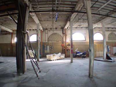 2003, Interior