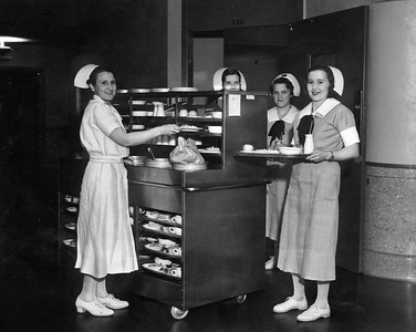 1934, Nurses With Meals
