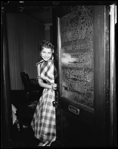 1954, Woman Robbery Suspect