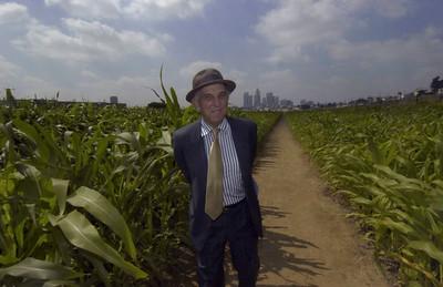 2005, Lewis MacAdams