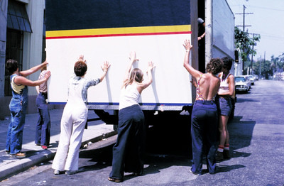 1975, Loading the Move Truck