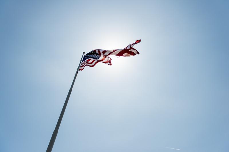 back lite flag