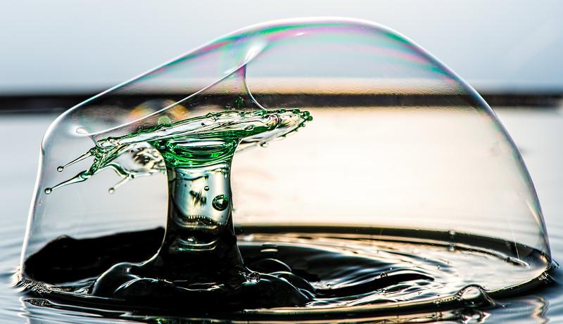 Splash in a bubble