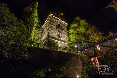 00 Mereta Castle Tower by night