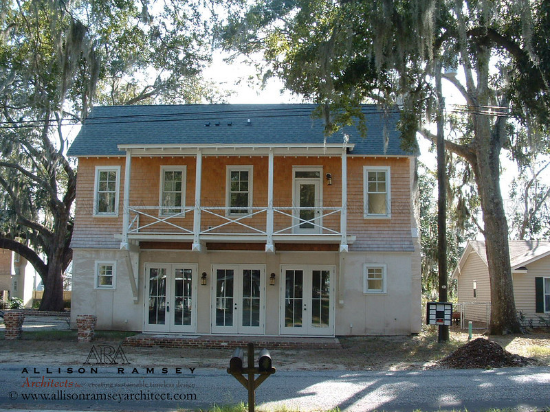 Londow Mews in Port Royal, South Carolina designed by Allison Ramsey Architects.