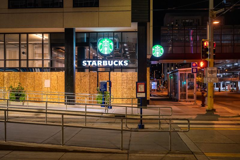 09/10/20 Starbucks, Downtown Minneapolis