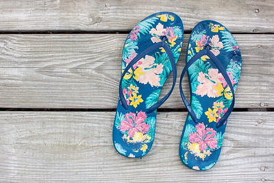 #clickinmomshunt18 #flipflops