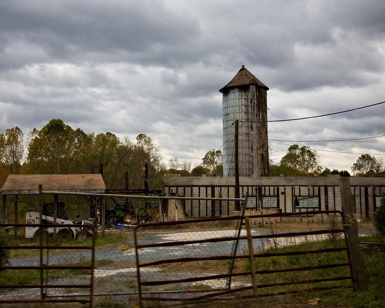 No More Serios Barn