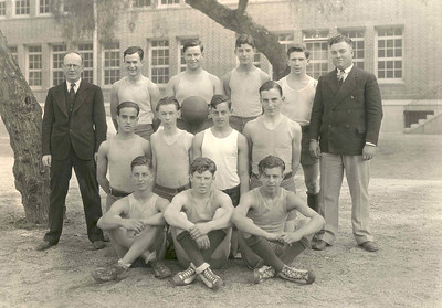 1928, Basketball Team