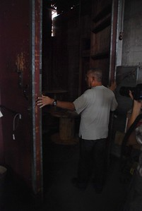 2010, Entering Back Room