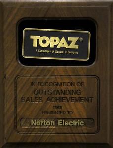 1988, Topaz Award