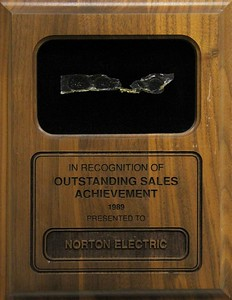 1989, Outstanding Sales Award