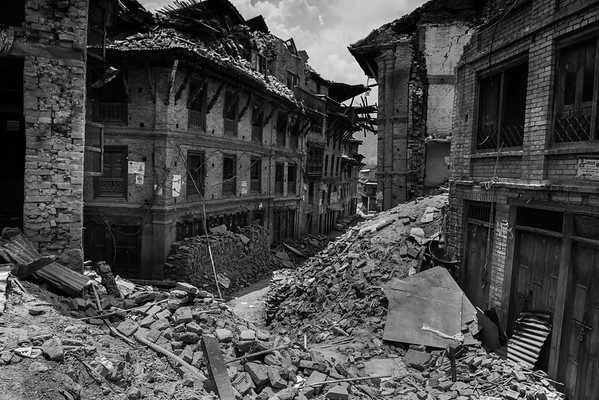 Streets of Bhaktapur filled by rubble.