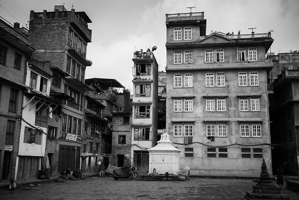 Fragile looking houses in Kahtmandu.