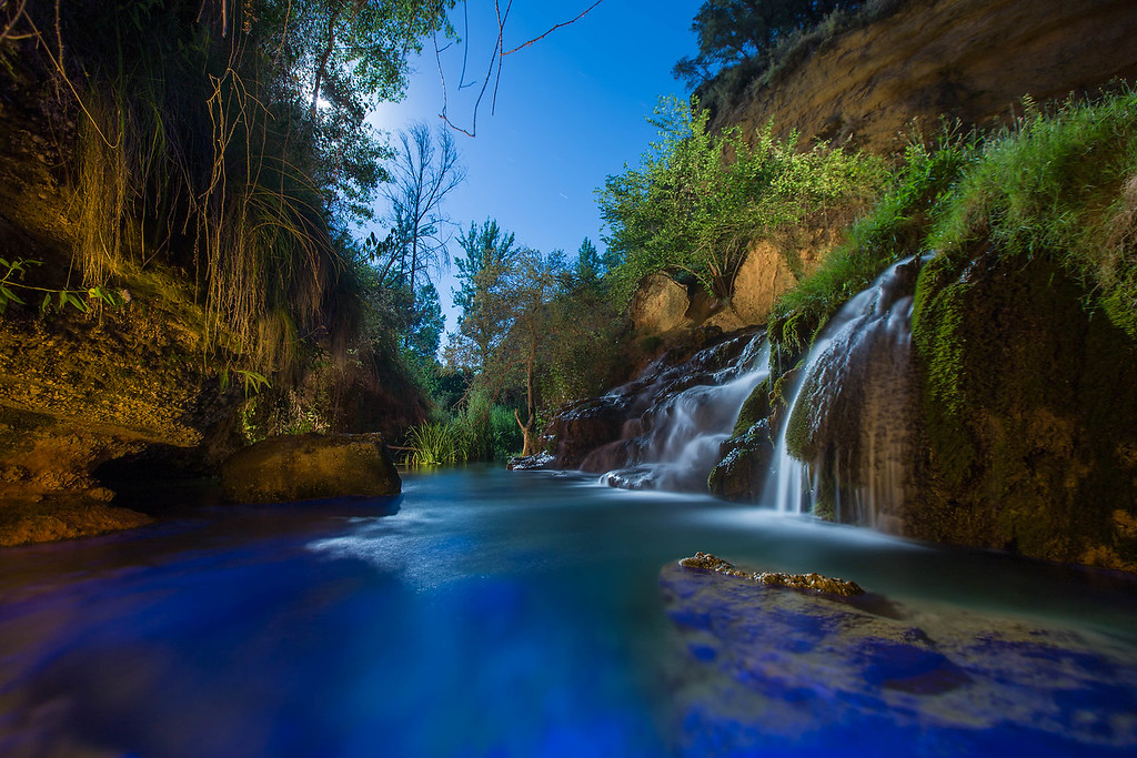 Toll Blau (the blue pool)