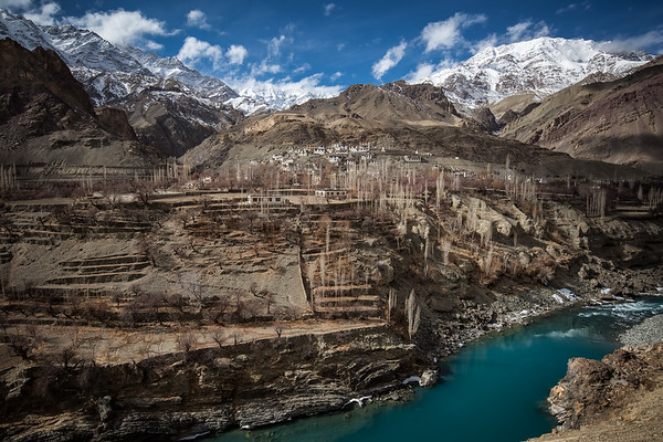 Ladakh is called Little Tibet for its landscapes that look more like Tibet than what we usually think about India.