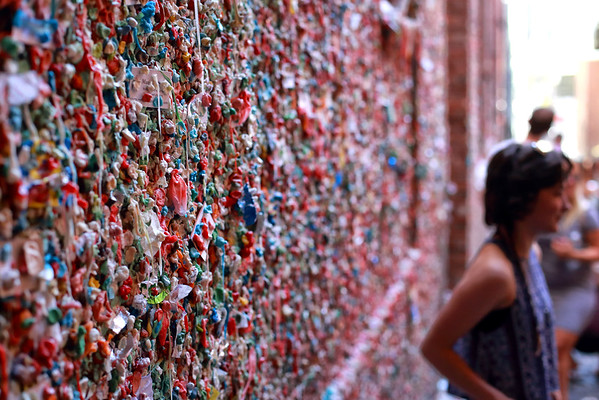 Yes it's a wall...completely covered in chewing gum. In 2009 it was named as one of the top 5 germiest tourist attractions.
