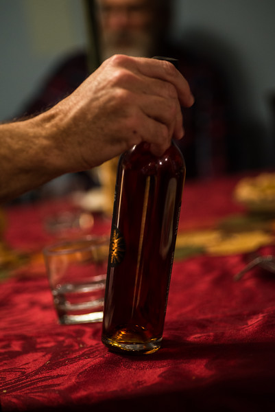 The table is cleared, the dessert wine hits the table