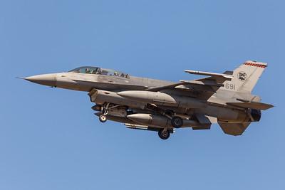 F-16 Landing