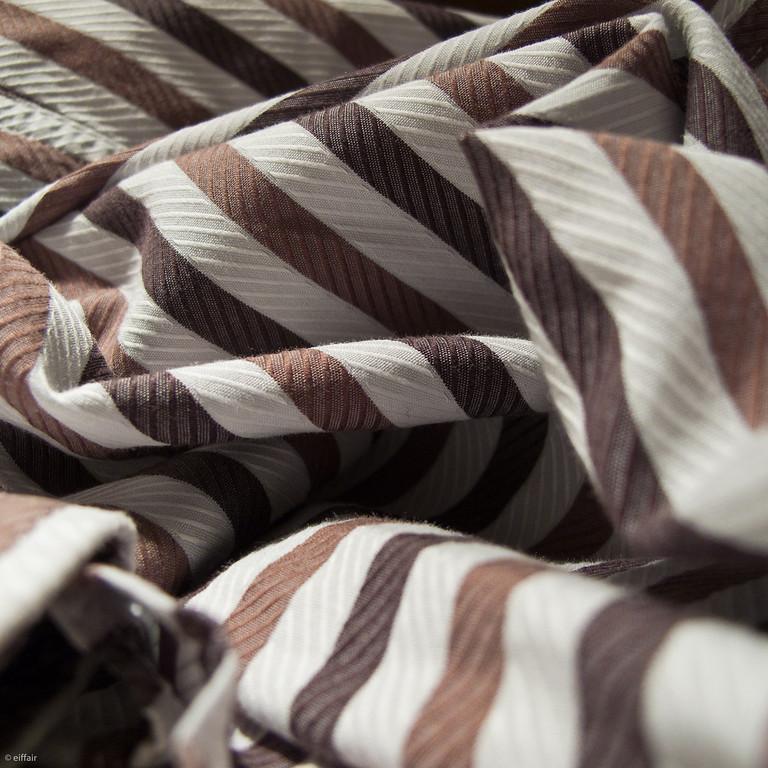 320 - Stripes