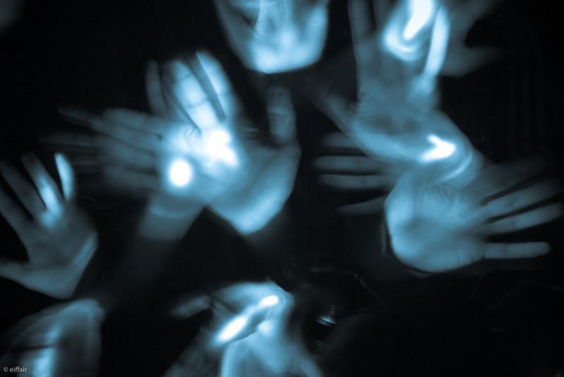 231 - Hands & Lights