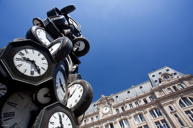 188 - L'heure pour Tous - Arman - Gare St Lazare