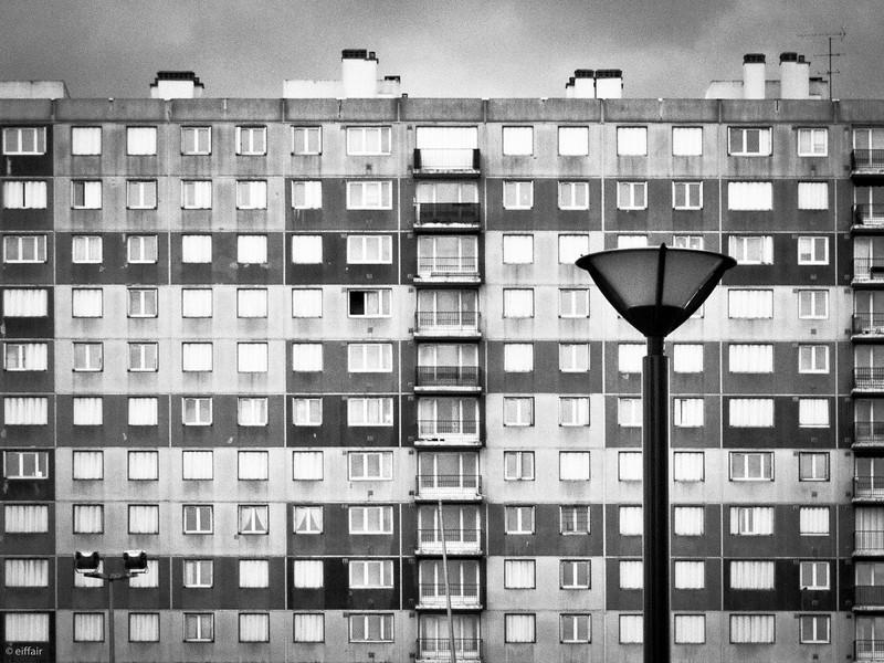 197 - Squares