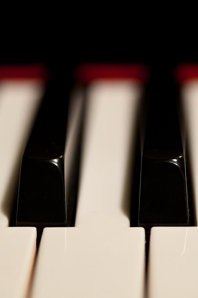 049 - Piano