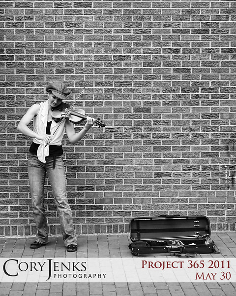 Project 365: May 30 - Pearl Street Performer. One of the street preformers along Pearl Street in Boulder.