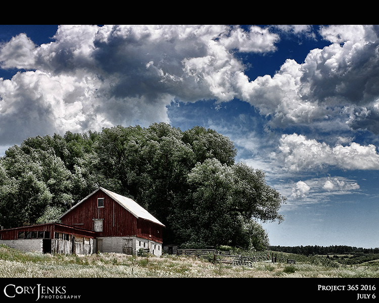 Project 365: July 6 - Big Sky Barn. Love old barns and with this great sky, this one needed to be photographed.