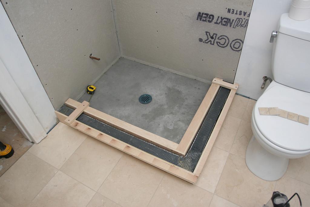 narrow shower curb