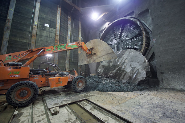Second tunneling machine arrives at Wilshire/Western Station