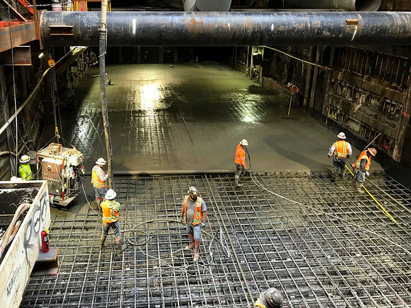 Pouring the concrete slab inside the Wilshire/Western TBM retrieval shaft to prepare for arrival of TBM in Summer 2019.