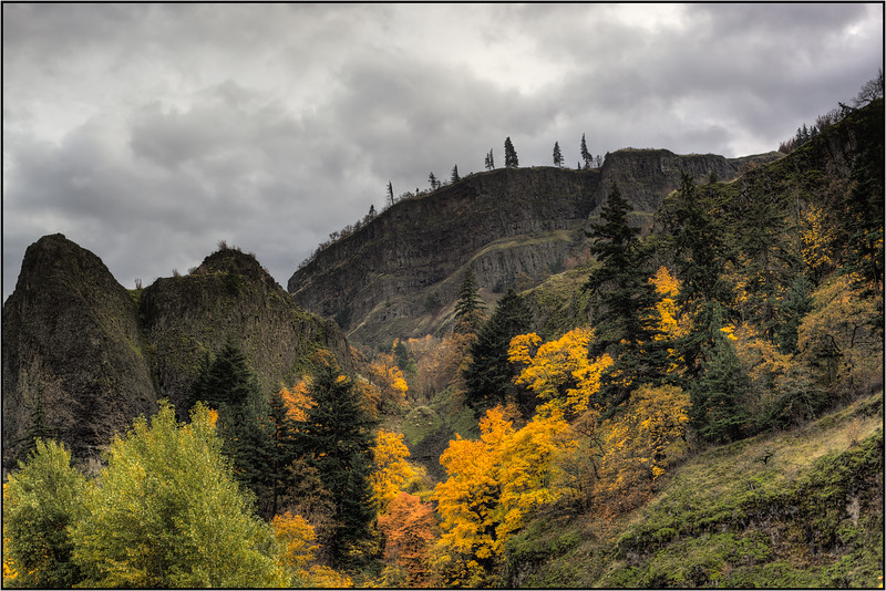 Gorge Fall, DSLR, HDR, 2013