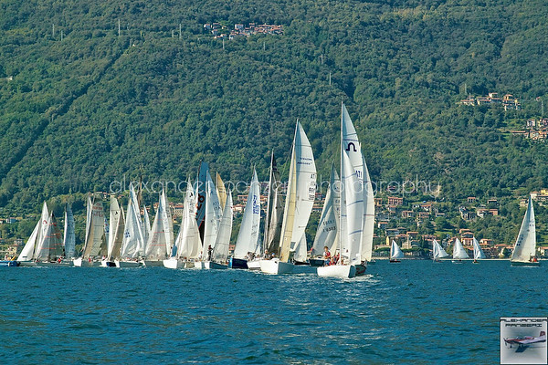 Partenza della Coppa Bellano, la più antica regata d'Italia...